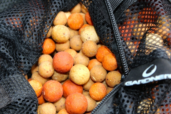 Mixed Cell and Hybrid in different sizes - a brilliant bait edge.