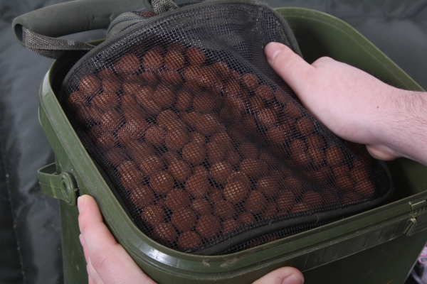Place your boilies in a bucket over night to protect them from rodents