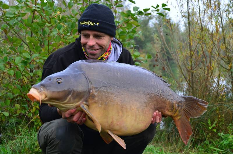 49lb The Back To The Future Fish