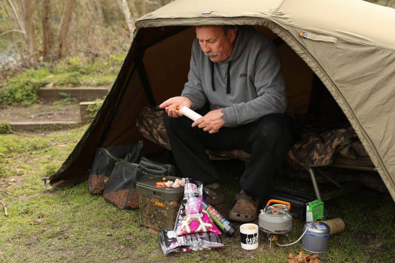 PVA bags of boilies help avoid tangles