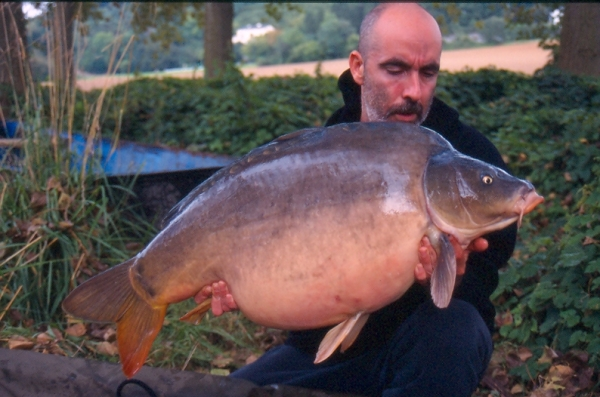Over forty-pounds caught from the River Maas in Belgium on Activ Maple-8