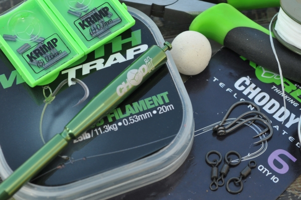 01 To tie Dave's chod rig you will need some 25lb Mouthtrap, size 6 Choddy hooks, small Rig Rings, small Krimps and a Krimp Tool, size 11 Ring Swivels and some Bait Floss.
