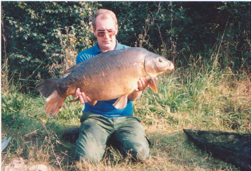 1988: 34lb 8oz, my first thirty from an Essex club lake (Not Little Grange)