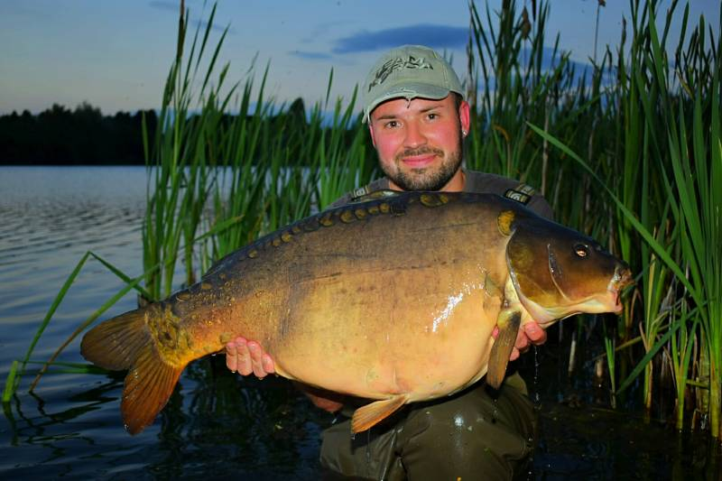 One Pec' from Bleasby at 30lb 8oz