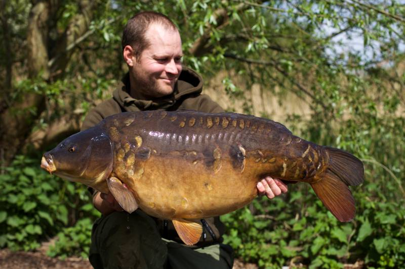 I upped the quantity of bait as we moved deeper into the spring 34lb 4oz mirror
