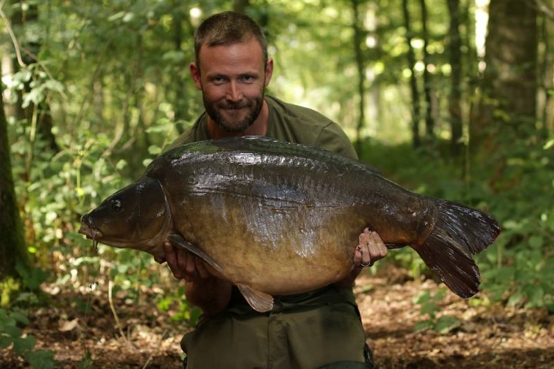 This 46lb French mirror was hungry!