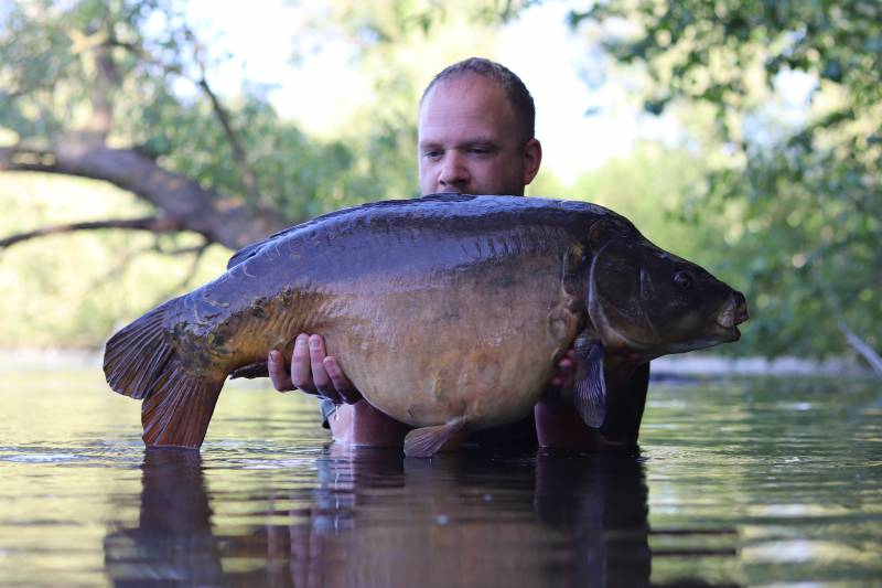 Black Mirror at 33lb 6oz