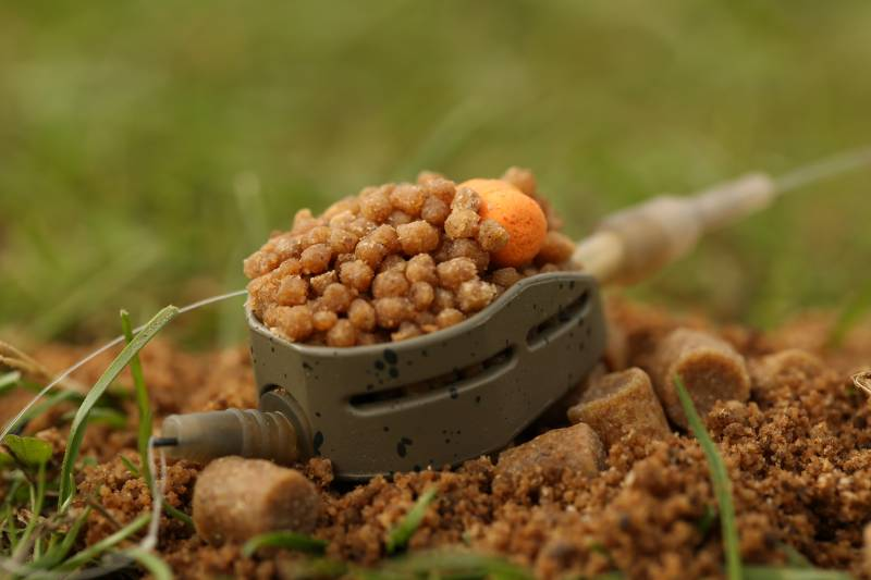 Once soaked, the micro pellets have a very sticky consistency, making them perfect for the Method/Hybrid feeder