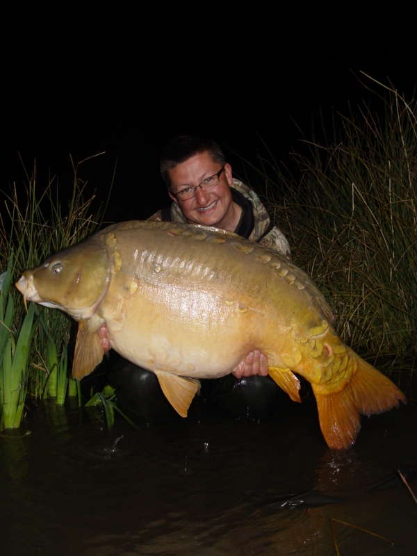Danny with a PB 62lb 12oz mirror caught on the New Grange whils fieldtesting