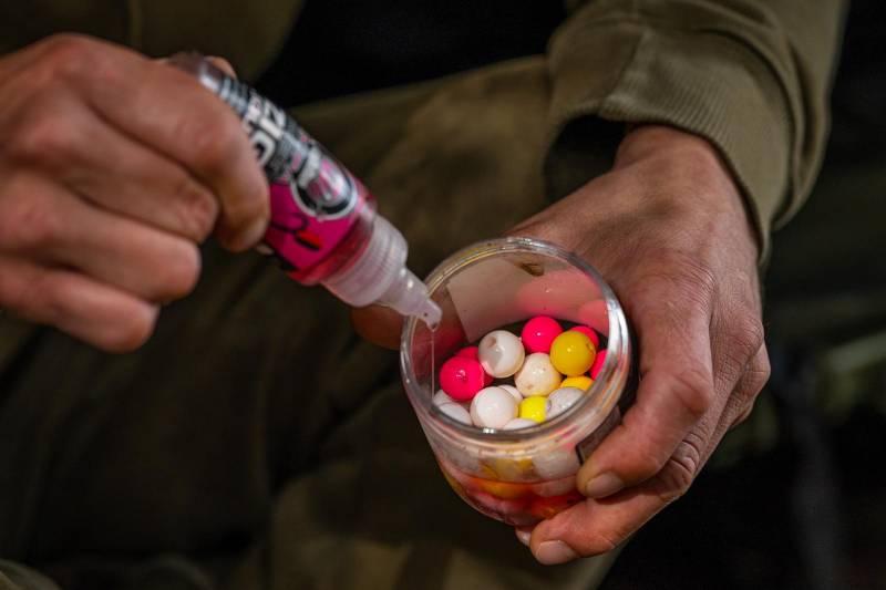 Glugged up hook baits in the Supa Sweet Zig Liquid – carp love this stuff!