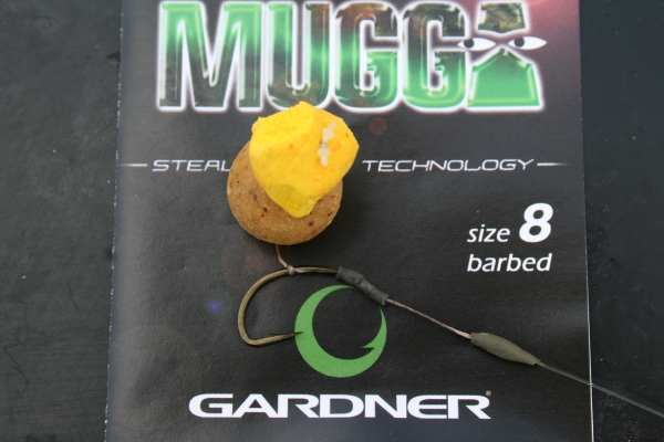 One of my randomly shaped pop-ups, trimmed to balance a Cell bottom bait perfectly
