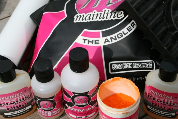 Use the 50/50 High Leakage mix from Mainline for regular, bottom bait boilies