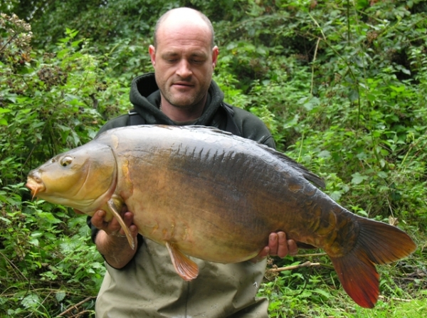 31lb 8oz Mirror caught after making the hookbait stand out.
