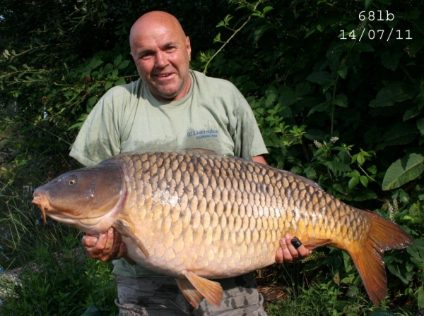 Make your French trip a memorable one with a massive carp like this!