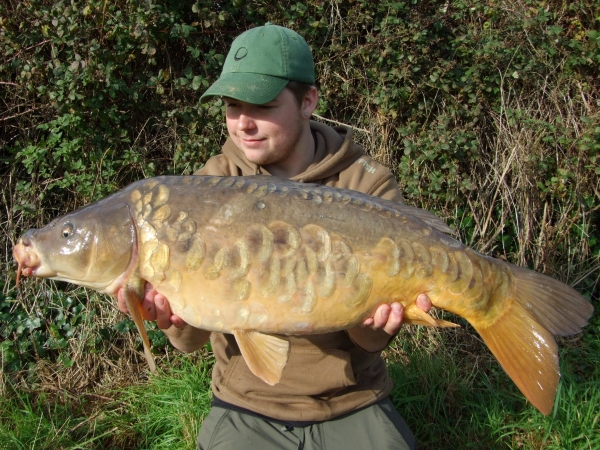 A lovely mirror caught on one of Solid PVA bags and a Milky Toffe pop-up!